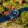 Blue solar powered quartz watch Collection Printemps-Eté Ice-Watch
