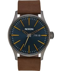A105-2984 Sentry Leather 42mm