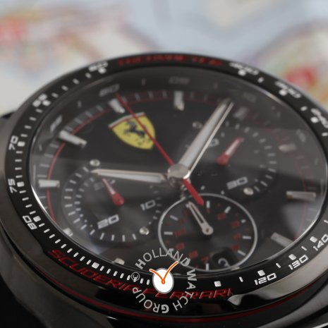 Limited to 500 Edition Chronograph Collection Printemps-Eté Scuderia Ferrari